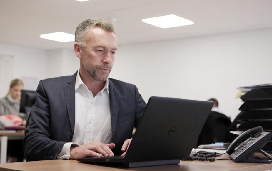 Victor France - Managing Partner